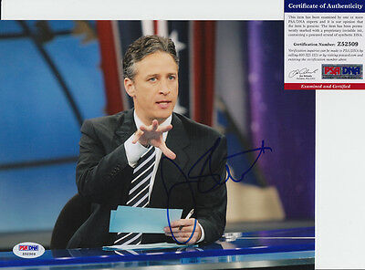 Jon Stewart The Daily Show Host Signed Autograph 8X10 Photo Psa/dna Coa #z52509