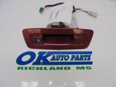 09-12 Traverse Liftgate Mounted Back Up Camera With Handle Opt Uvc