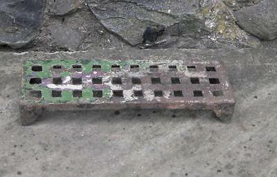 Original Victorian salvage set 6 cast iron 9X3 air bricks 1800s