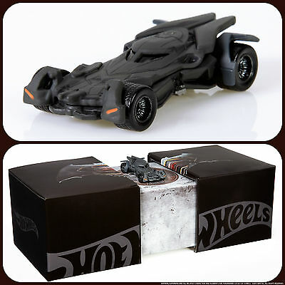 SDCC 2015 - Hot Wheels Batman vs Superman Batmobile - New