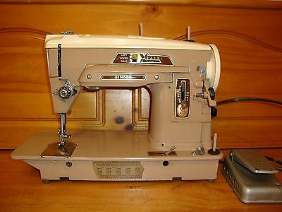 Vintage  Singer Sewing Machine 403A ,fully Serviced
