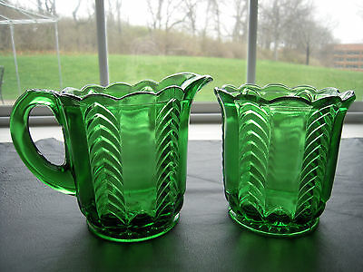 Early American U.S. Glass Emerald Green Herringbone Florida Sugar & Creamer Set