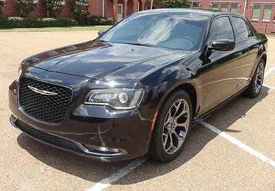 """2015 Chrysler 300 Series 300S HEATED LEATHER MEMORY SEATS 20"""" Alloys LED LIGHTS Remote Start Travel Link CLEAN"""