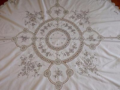 "SUPERB VINTAGE ROUND MADEIRA EMBROIDERED & LACE TABLE CLOTH   - 68"" across ROSES"