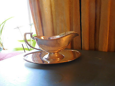 Vintage Apollo Silverplate Gravy Boat Server w Underplate 4189 & 3766