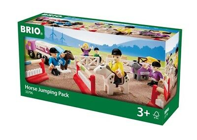 BRIO 25 Piece Wooden Horse Jumping Pack with Riders Vehicle Fence and Bench