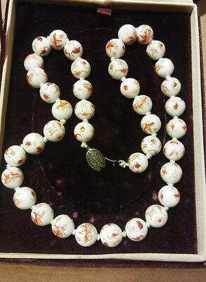"Vintage Chinese red White Hand Painted Porcelain Beads Necklace 25"" Silver Clas"