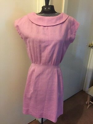 1960's Vintage Pink Button Back Fitted Linen Dress W/ Rounded Collar