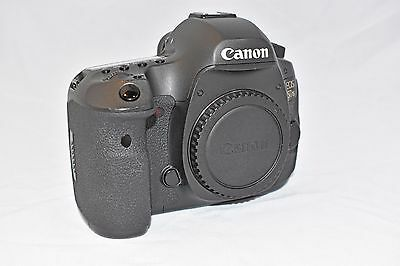 Canon EOS 5DS 50.6MP Digital SLR Camera - Black (Body Only) Free Shipping