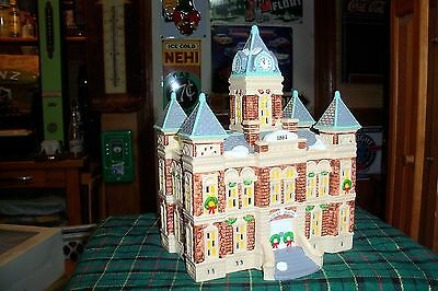 Dept 56 County Courthouse #51446  Snow Village / Retired Mib