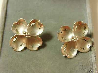 Vintage Stuart NYE Sterling Silver Dogwood Flower Pierced Stud Earrings 5i 12