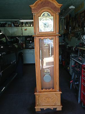 Grandfather Clock (LOCAL PICKUP ONLY )