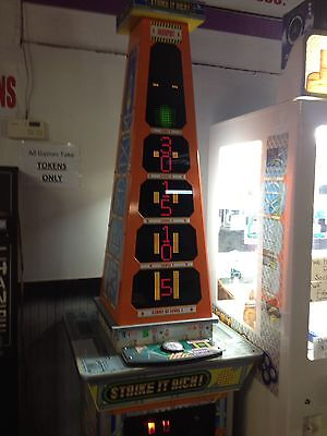 Strike  It  Rich    2  Player   Redemption   Game  Made By Skee    Ball