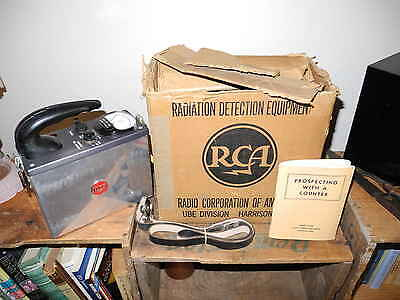 RCA Model WF-10A Geiger Counter Radiation Detector w/ 1B85 Tube BOXED. 1954