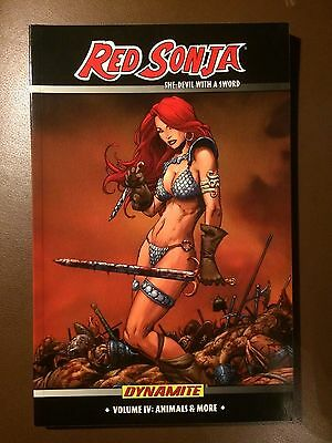 Dynamite comics: RED SONJA  Vol. 4 : ANIMALS & MORE, Paperback Graphic Novel