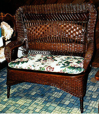 antique wicker loveseat setee by Larkin 1890-1900 excellent condition