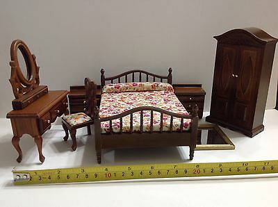 Dollhouse Miniature Wood Bedroom Furniture Set 1:12 Bed/Closet/Stand/Table/Chair