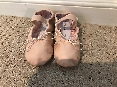Capes Girls Size 2 Ballet Pink Shoes/Slipper Leather WORN ONCE EUC
