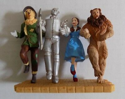 2005 Hallmark Keepsake Ornament Off To See The Wizard! The Wizard Of Oz NEW