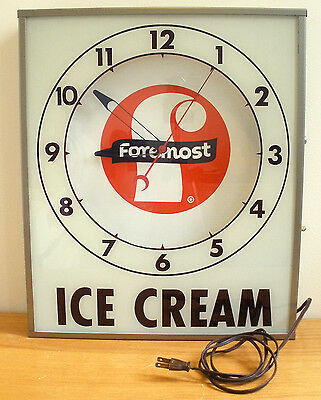 VINTAGE 1960's FOREMOST DAIRY ICE CREAM LIGHTED ELECTRIC WALL CLOCK MADE IN USA
