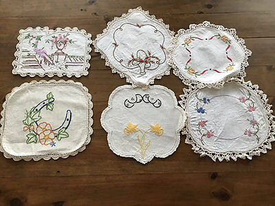 Vintage Embroidered Small Floral Doilies,12 Of Them.