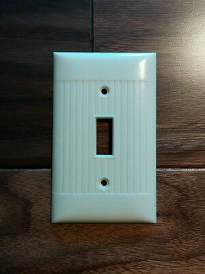 Vintage Sierra Electric Corp Bakelite Ribbed Switch Plate Ivory