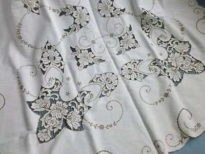 Vtg antique style hand embroidered Madeira lace linen tablecloth 155cm x 195cm