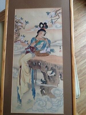 Vintage Chinese Watercolour Lady Painting On Silk  Picture / Wooden Framed