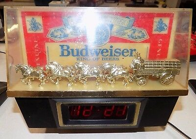 Anheuser Busch Budweiser King Of Beers 004-130 Clock - Used AS IS