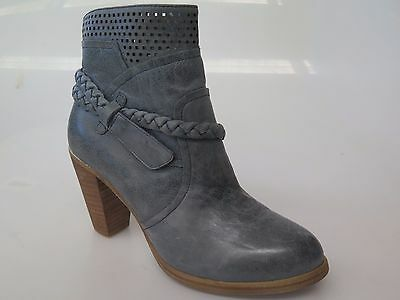 Sale price - Django & Juliette - new ladies leather ankle boot size 37 #166