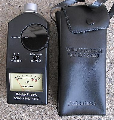 Radio Shack Analog Sound Level  Meter 33-2050 (SPL) - Bag and Manual Included.
