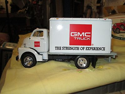 Ertl Die Cast 1/34 Scale!. Mib!! Dry Goods Van!