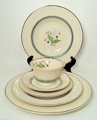 OLD IVORY SYRACUSE CHINA CORALBEL USA 6 PIECE PLACE SETTING (s)