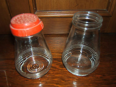 VINTAGE 1950s GLASS FLOUR & SUGAR SHAKERS WITH RED TOP