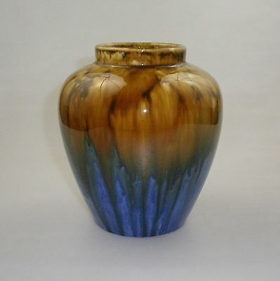 Regal Mashman Regal Art Ware Vase