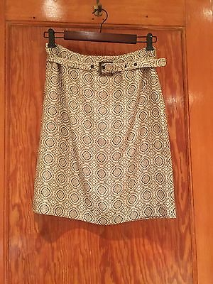 Vintage ALFANI Skirt Size 6 Petite with the belt made in Bulgaria Pre-Owned