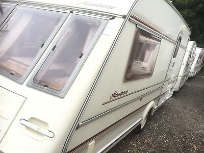 Caravan Compass Montrose 462/2 With Motor Mover