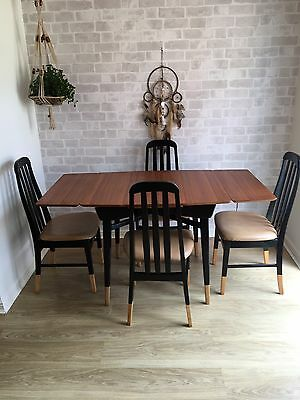 Mid Century 1958 Dining Table & Chairs