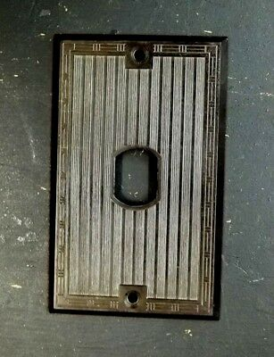 Vintage Old Antique Bryant Vertical Ribbed Despard Single Switch Plate Cover