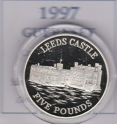 1997 Boxed Silver Proof Guernsey £5 Leeds Castle Coin With Certificate