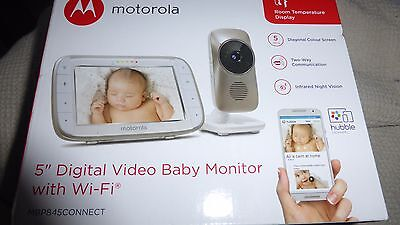 """MOTOROLA  MBP845 CONNECT 5"""" DIGITAL VIDEO BABY MONITOR WITH Wi-Fi"""