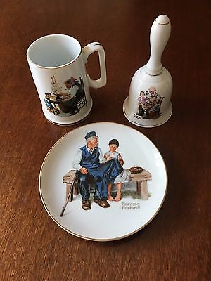 The Norman Rockwell Museum Collectors Gold Trimmed Bell Mug Plate 1984 to 1986