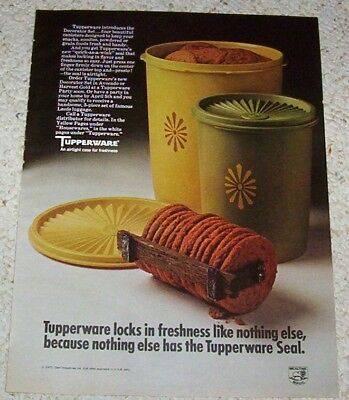 1971 ad page - Tupperware containers Cookies lock fresh PRINT ADVERTISING