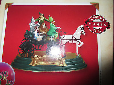 """2002 Hallmark """"Wizard of OZ -- Horse of a Different Color"""" Light and Voice"""