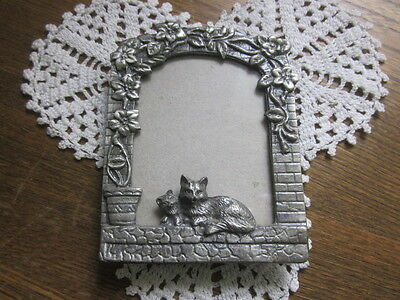 Decorative Small Pewter Frame - Cats On Window Sill -