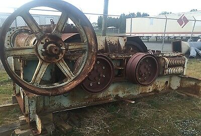 Pioneer Hewitt Robins 42 By 30 Roll Crusher