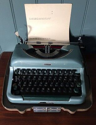 Vintage Imperial Typewriter With Case. Good Companion