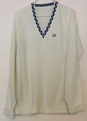 """vintage 80s Fred Perry white knit + blue check neck vneck jumper 44"""" Mod Casual"""