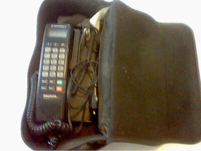 Vintage SCN2772A American Wireless by Motorolla cellular phone & carrying case