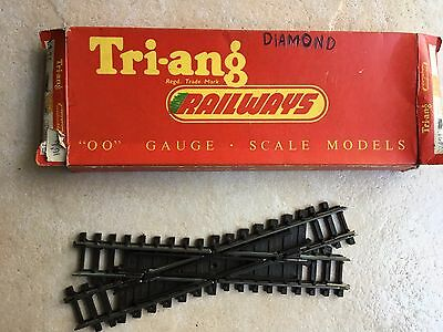 TRIANG SUPER 4 track Diamond crossing R492 USED NOT CORRECT BOX
